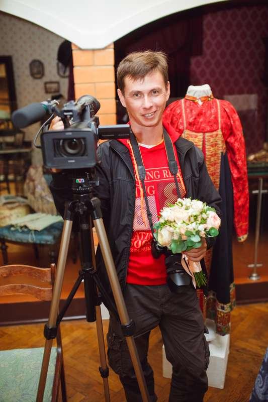 Фото 12675276 в коллекции видеограф в кадре - Videooskor - видеосъёмка
