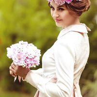 Невесомый венок из полимерной глины ClayCraft by DECO© с шелковой лентой. Возможна любая палитра и размер. Цветы гибкие и прочные.  #букет, #clayflowers, #deco, #bouquet, #цветыизглины, #еленалевит, #handmade, #terracotta, #weddingflowers