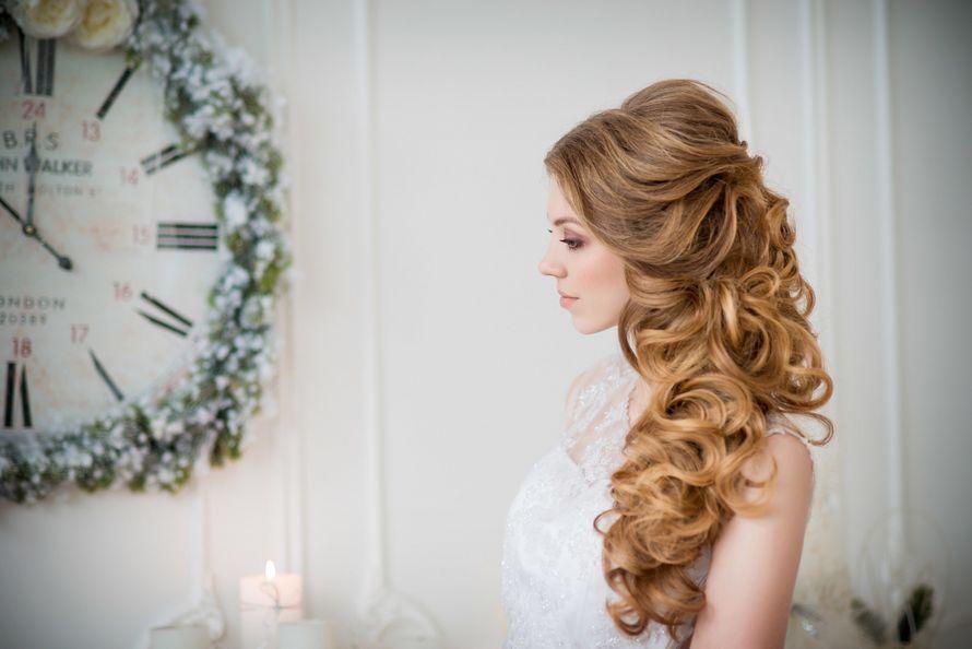 Фото 12993338 в коллекции Свадебные прически - Стилист причёсок Ксения Иващук