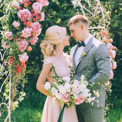 Оформление пионовой свадьбы