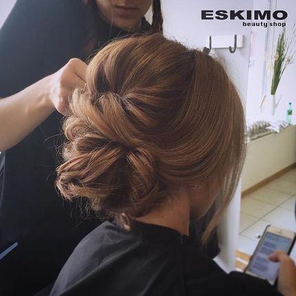 Осветление средних по длине волос