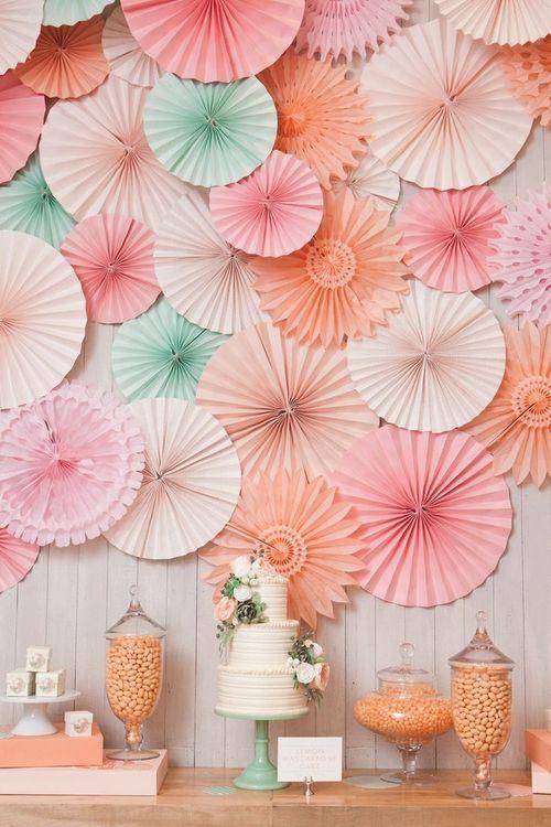 Как сделатьзону из бумажных цветов