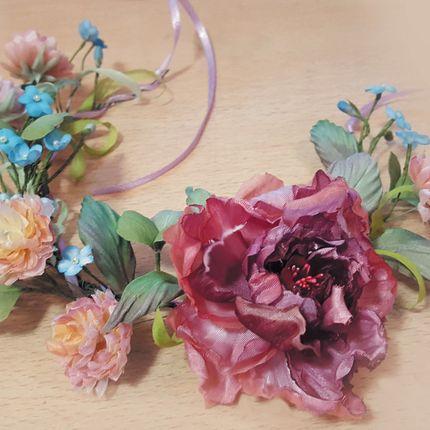 Венки из шелковых цветов