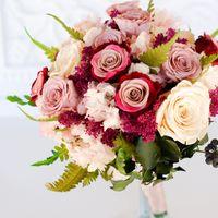 Роза в стекле. Роза в колбе. Стабилизированный мох и настенные панно с ним. Цветы, букеты, композиции, подарки и украшения.  Цветы остаются свежими годами.    Материалы для флористов  Натуральные стабилизированные цветы, растения и мох     Сайт -   Телефо