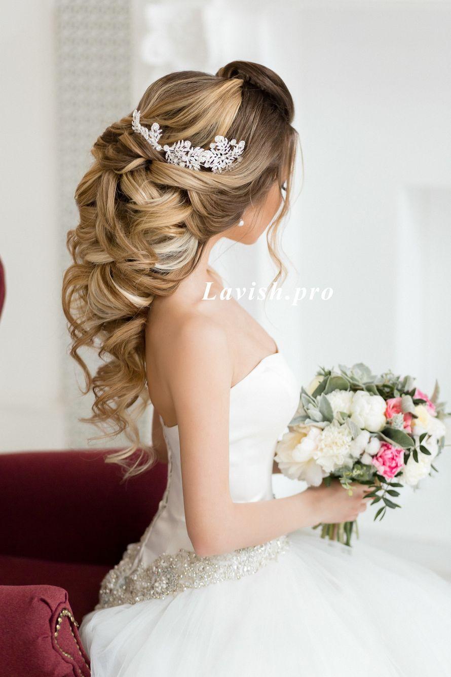 Греческая коса, прическа на длинные волосы Образ был создан для студии  - фото 16263562 Стилист Анастасия Фабрикантова