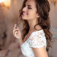 """В наличии классическое будуарное платье под названием """"Лонда"""", которое идеально подойдет для фотосессии """"утро невесты"""". Верх платья выполнен из кружева, а низ - из тонкого мягкого шелка. Модель может быть изготовлена в белом или молочном цвете.   Материал"""