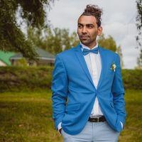 Жених, голубой пиджак
