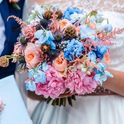 Букет невесты из разных цветов