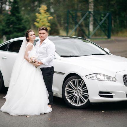 Аренда авто премиум-класса Jaguar XJ Long, цена за 1 час