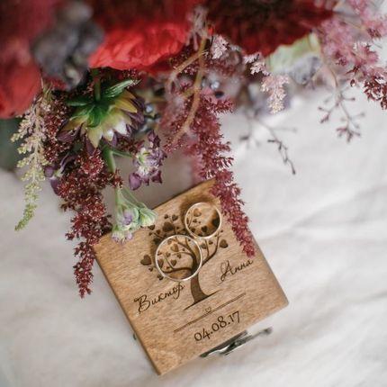 Коробочка под кольца из дерева