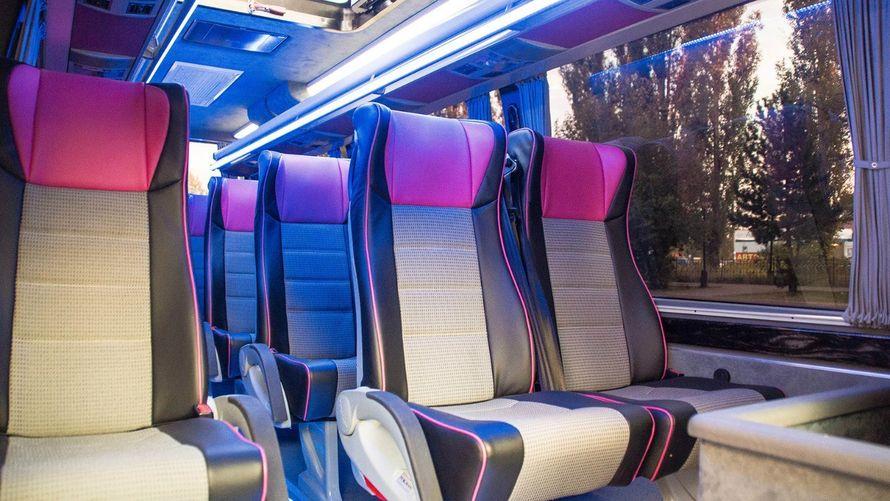 """- Mercedes Sprinter Люкс VIP (чёрный) 17 (16+1) мест (климат-контроль, 2 телевизора) - фото 13986320 Транспортная компания """"Алмаз авто"""""""