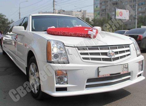 """Лимузин Cadillac 14 человек от 3 часов от 6000 ₽/час Автомобиль для праздника. музыка, телевизор, 3D бар, 3D пол, 3D потолок, кондиционер. - фото 11855810 Компания проката авто """"Кортеж 34"""""""