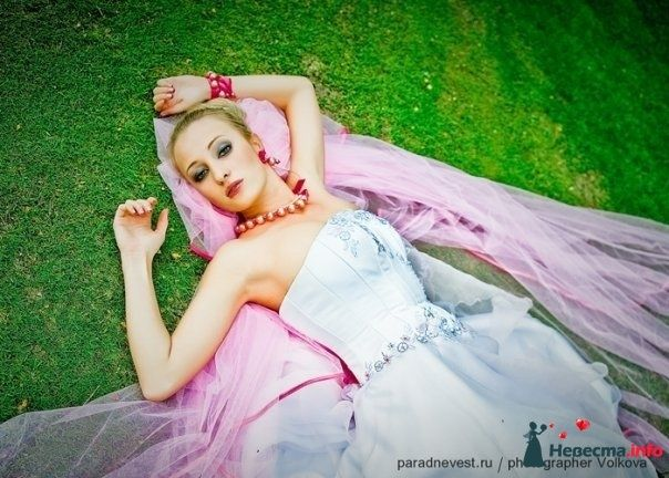 Фото 90615 в коллекции Парад невест VI - Стилист свадебного образа Летуновская Ольга