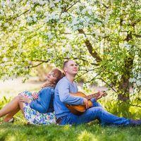 Май 2016, цветущие сады, счастье и любовь. Полная эмоций и завораживающей красоты прогулка красивой, любящей пары - Марины и Леши - в Коломенском. #lovestory #лавстори #любовь #счастье #прогулка #фотографлавстори #прогулка #фотосессия #счастливыемоменты #