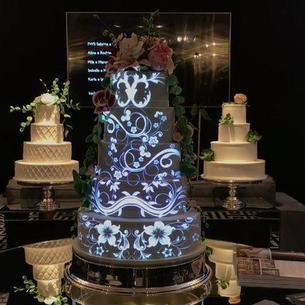 Световое шоу на торт