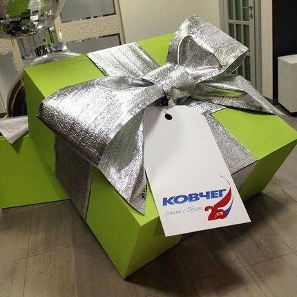 Сюрпризная подарочная коробка с бантом (аренда)