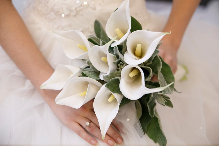 Цветов киров, свадебный букет в спб из каллы значение