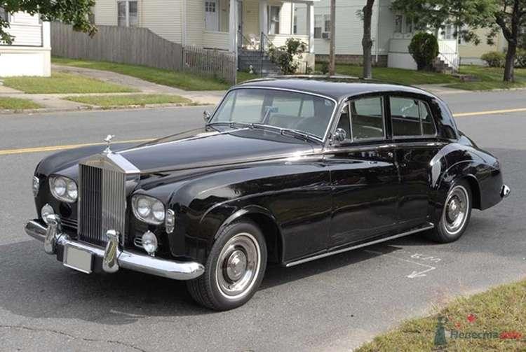 Rolls-Royce Silver Cloud III  1964 г.в. - фото 34178 Black and White Cars - аренда лимузинов
