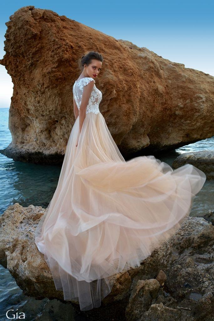 Фото 17585924 в коллекции SOLTERO|CARAMEL - Pauline - салон вечернего и свадебного платья