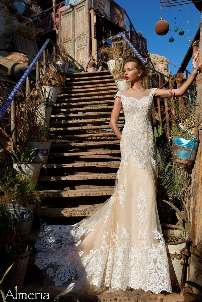Фото 17585938 в коллекции SOLTERO|CARAMEL - Pauline - салон вечернего и свадебного платья