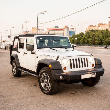 Аренда авто Jeep Wrangler Rubicon Белый, цена за 1 час
