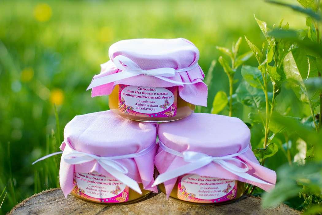 Медовые бонбоньерки для гостей на свадьбу. Делаем индивидуальное оформление баночки согласно вашим пожеланиям и стилистике мероприятия. - фото 14790602 Мёд и пряники - мастерская сладких подарков