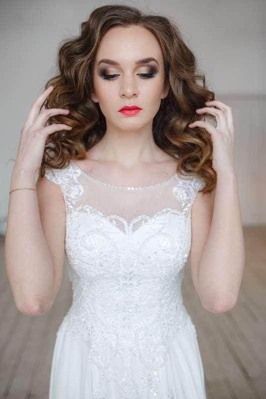 Фотограф: Никита Кузякин Прическа и макияж: я - фото 16594560 Стилист Анастасия Симакова