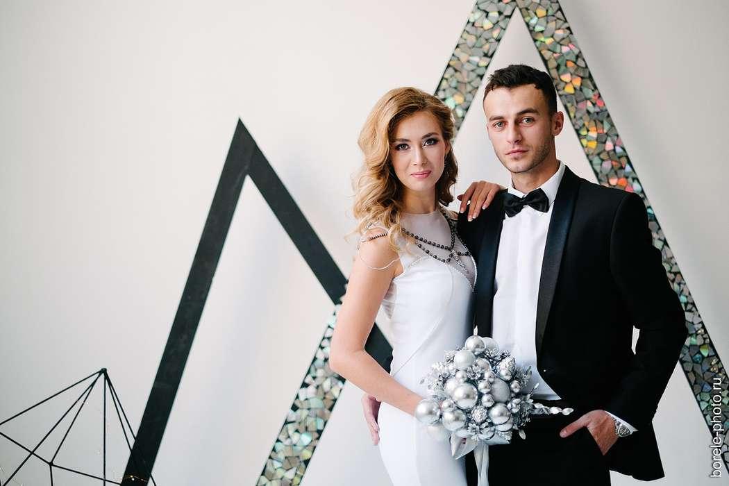 """✨Вот и готовы первые фотографии с необычайно стильного воркшопа """"SILVER WEDDING STAR """"✨  ⚡Специально для него было создано украшения на плечи, которое никого не оставит равнодушным⚡  ✨Блеск стразовой ленты, сияние серебристых стеклянных бусин и переливани - фото 16425856 Bead brad accessories - свадебные украшения"""