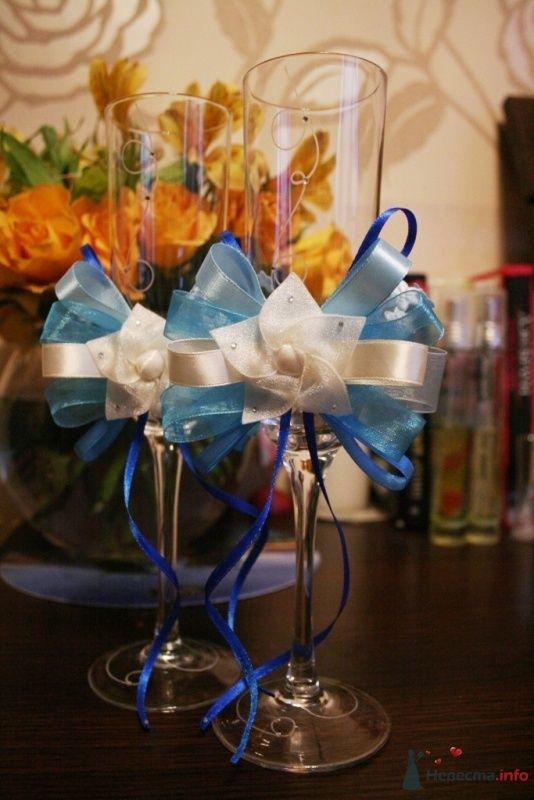 Бокалы ручной работы в голубых тонах  - фото 36165 Вашкетова Юлия - организатор свадеб, флорист.