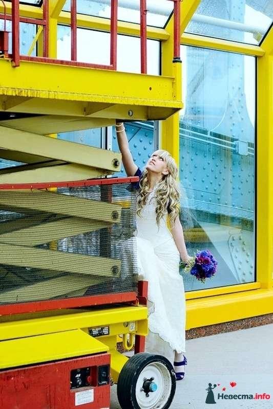 Фото 102495 в коллекции Портфолио. Прогулка с Наташей. 30.04.2010 - Вашкетова Юлия - организатор свадеб, флорист.