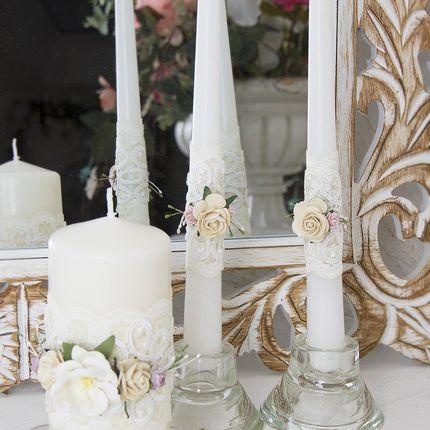 Комплект из 3-х свечей с объемным цветочным декором