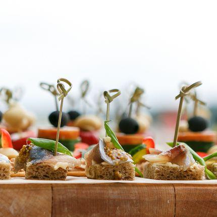 Организация фуршетного стола до 30 чел. без еды