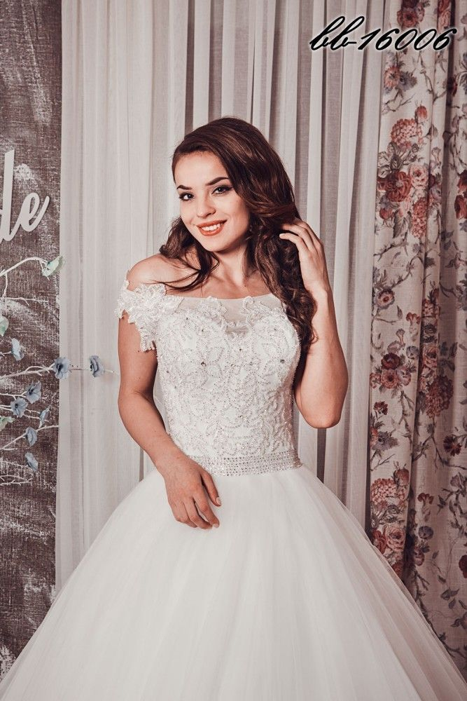 Фото 15372270 в коллекции Свадебные платья - Свадебный гардероб - свадебный салон