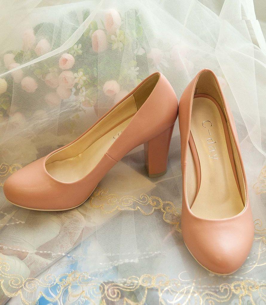 Фото 16778218 в коллекции Свадебная обувь и сумочки - Свадебный салон Edler Weiss
