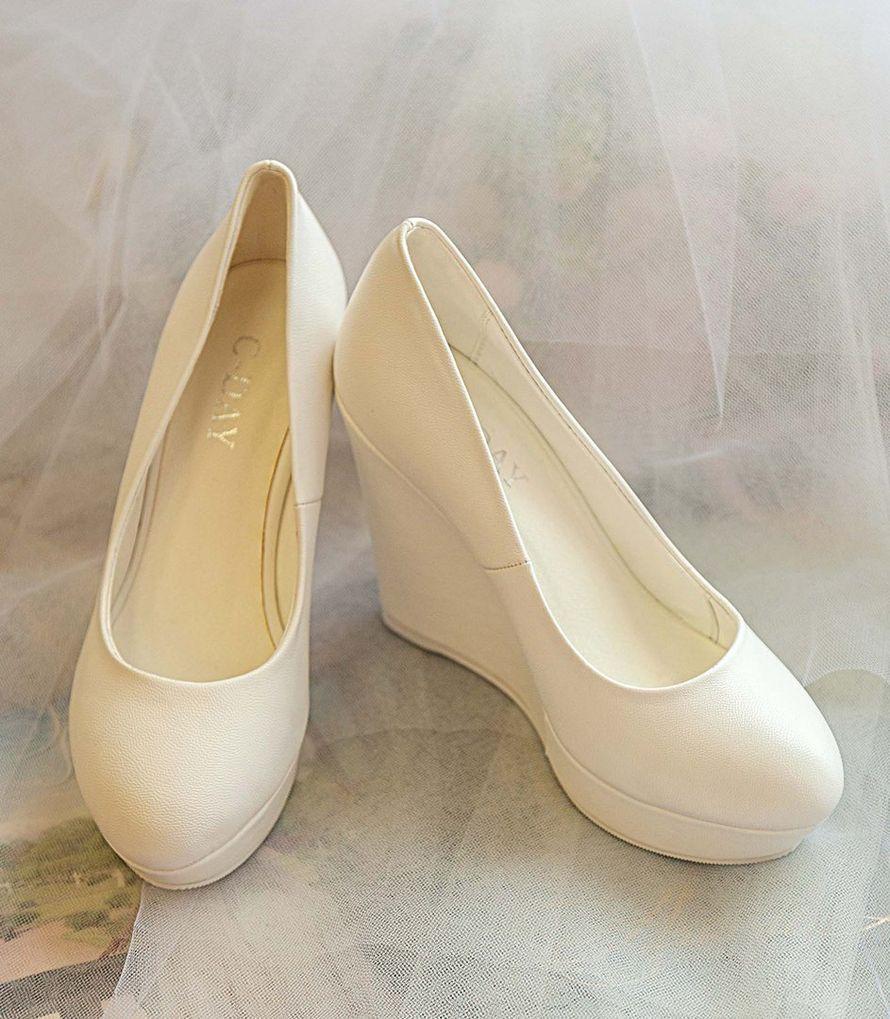 Фото 16778220 в коллекции Свадебная обувь и сумочки - Свадебный салон Edler Weiss