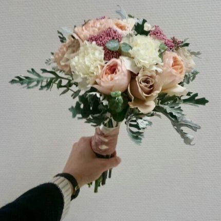 Букет невесты из голландской розы + заколка и бутоньерка