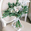 Букет невесты с пионовидной розой альстромерией пионами лимониумом эвкалиптом