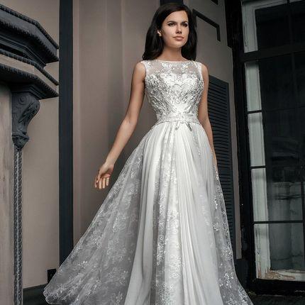 Свадебное платье с юбкой из кружева и шифона