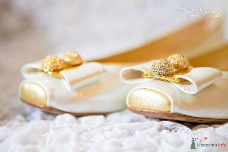 туфли невесты - фото 62574 Свадебный фотограф Моисеева Юлия