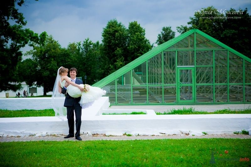 свадьба в коломенском парке, фотограф Моисеева Юлия - фото 62588 Свадебный фотограф Моисеева Юлия
