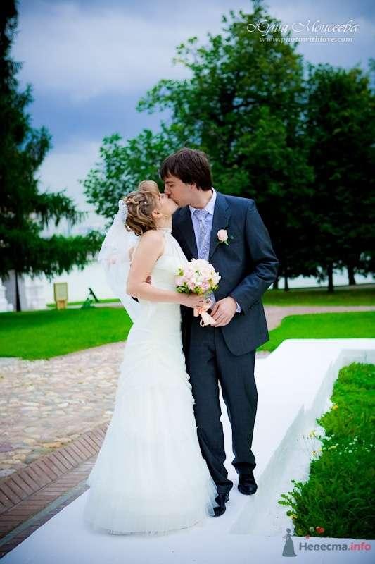 свадьба в коломенском парке, фотограф Моисеева Юлия - фото 62590 Свадебный фотограф Моисеева Юлия