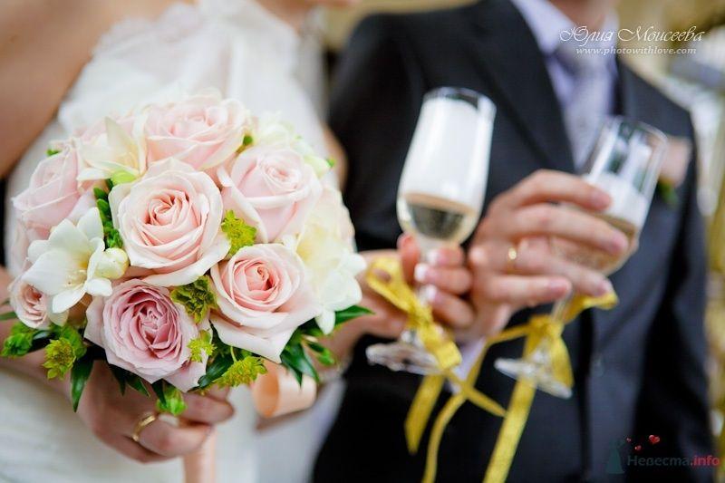 свадебные бокалы - фото 62601 Свадебный фотограф Моисеева Юлия