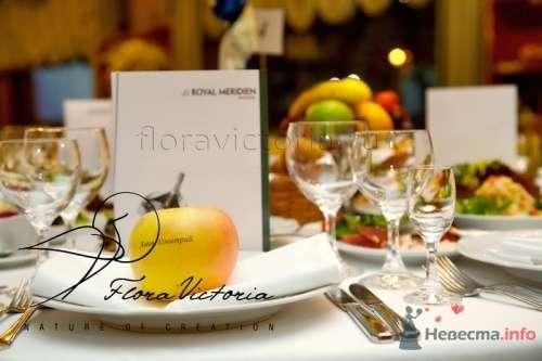 Все готово к приходу гостей - фото 1337 Cвадебная флористика и декор событий FloraVictoria