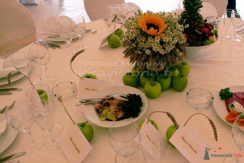 Свадьба, украшение столов - фото 29414 Cвадебная флористика и декор событий FloraVictoria