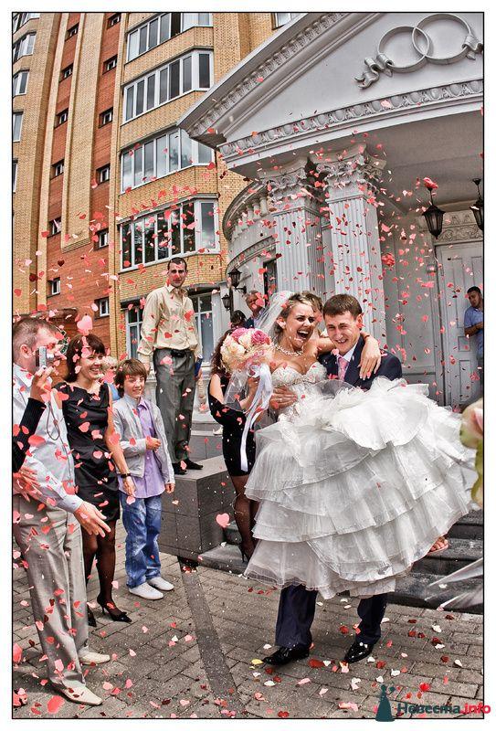 Фото 110057 в коллекции Свадебные фотографии лето 2010 - Фотограф Вилена Экон