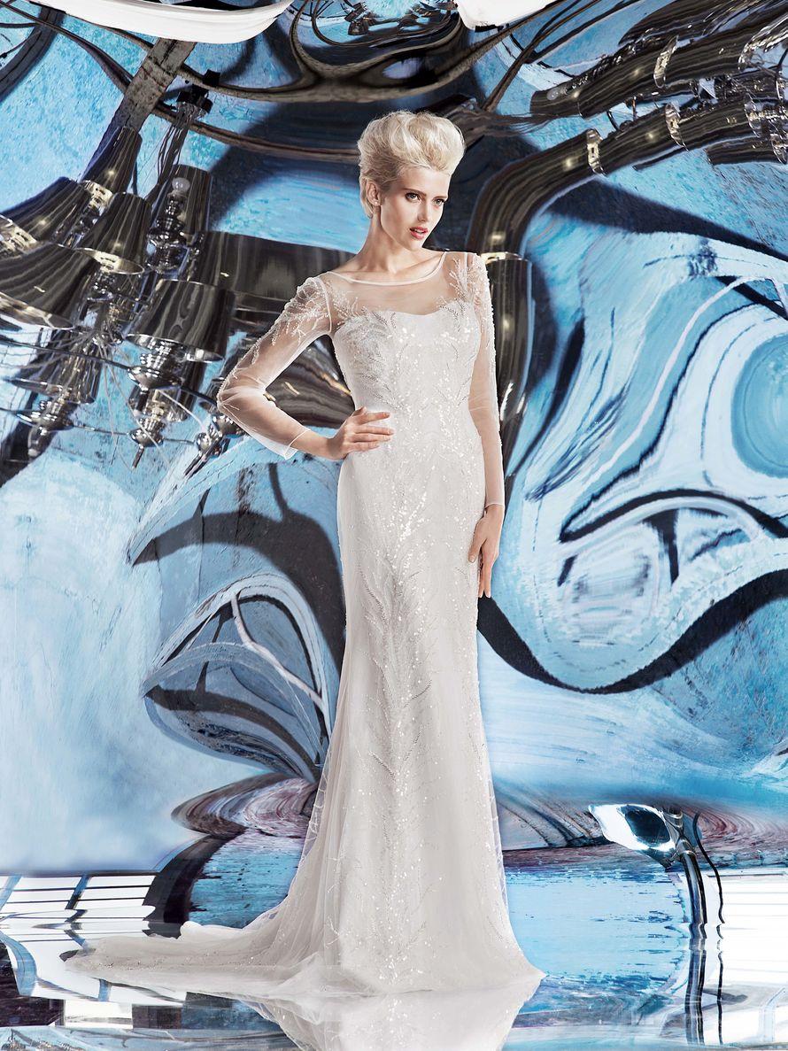 внимание платье хелен миллер на вешалке фото рамках