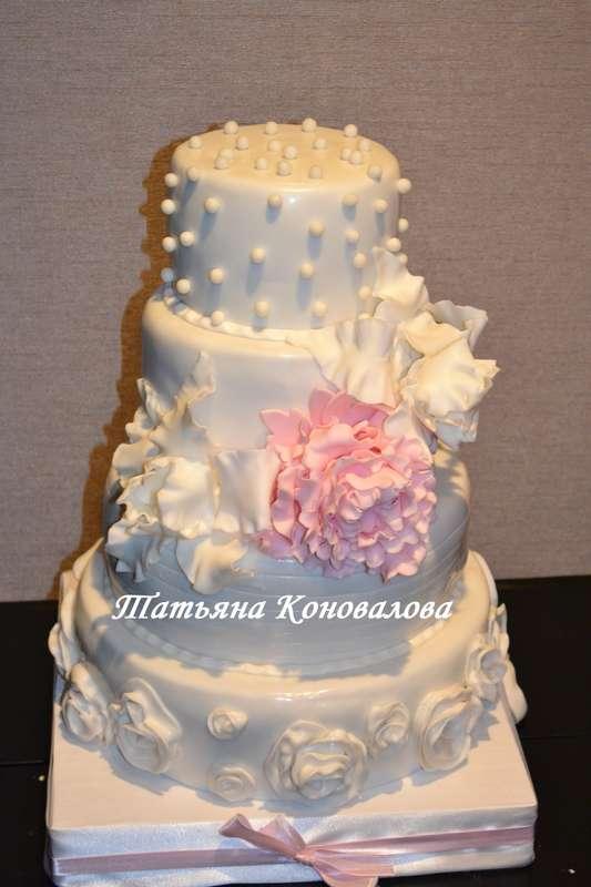 """Фото 1191165 в коллекции Мои свадебные торты - Студия торта """"Сахарная пудра"""""""