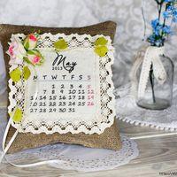 Льняная подушечка-календарь для колец в стиле рустик
