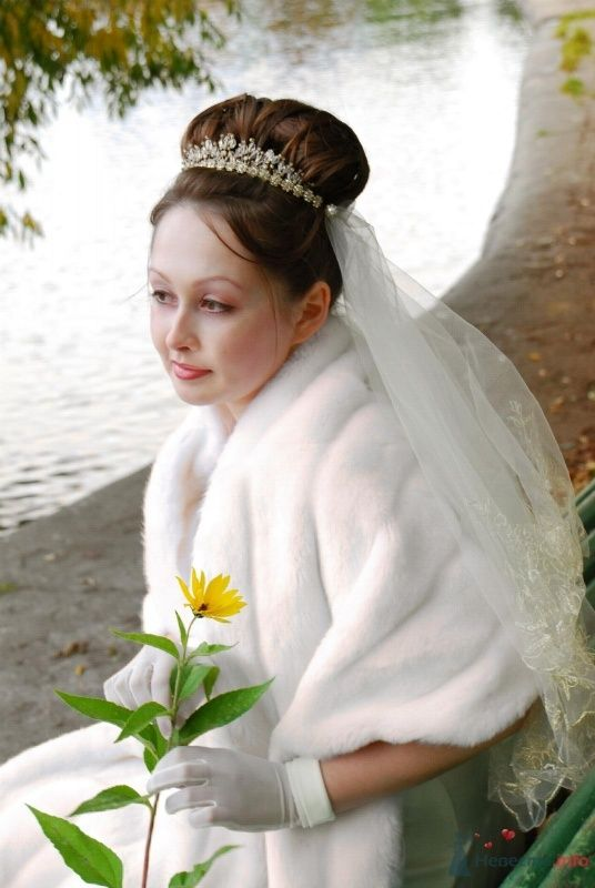 свадебная причёска с диадемой - фото 46422 Свадебный стилист Татьяна Мартынова