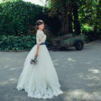 Классическое платье европейского стиля с кружевным болеро